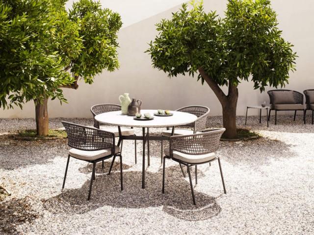 Un mobilier de jardin en résine tressée pour une terrasse tout en légèreté - La résine tressée pour le mobilier de jardin