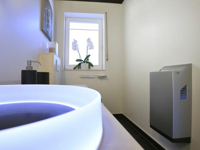 Fiche pratique  - Une salle de bains zen au top de la technologie