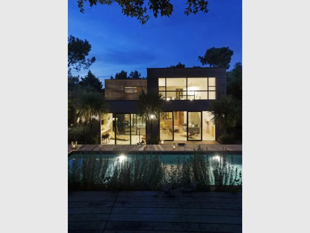 Une maison contemporaine au coeur de la région Cap Ferret  - Une maison contemporaine au coeur de la nature