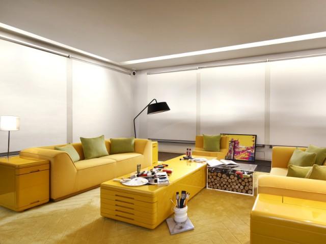 Du jaune citrus pour dynamiser une pièce à vivre - The Swatch Art Peace Hôtel