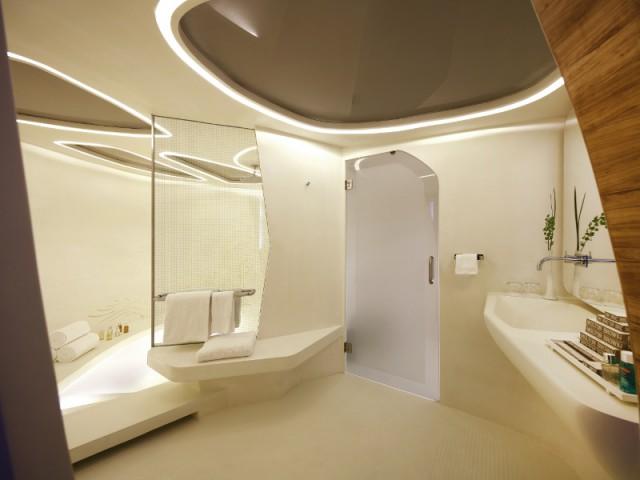 Un spa aux allures spatiales pour une ambiance futuriste - The Swatch Art Peace Hôtel