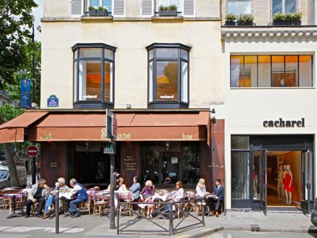 Fiche technique : réalisation de la boutique Cacharel, rue de Buci à Paris  - La boutique Cacharel rue de Buci à Paris conçue par les équipes de Jean Nouvel Design