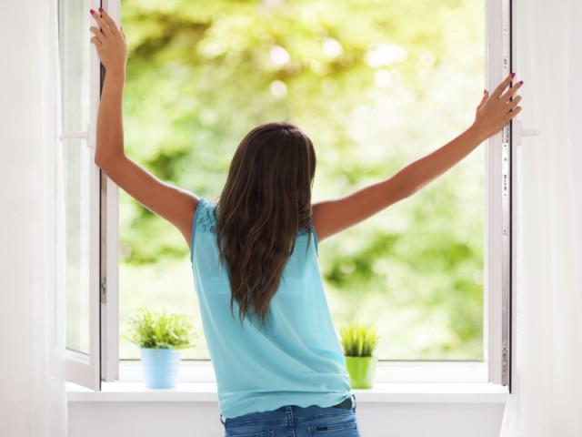 Canicule : faut-il ouvrir les fenêtres pour rafraîchir la maison ? - En cas de canicule, il faut ouvrir les fenêtres au bon moment de la journée