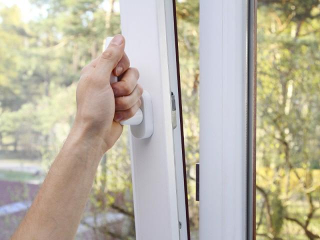 En cas de canicule, il faut ouvrir les fenêtres au bon moment de la journée