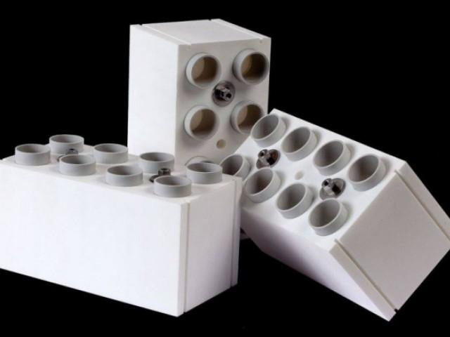 des briques lego g antes pour construire pour de vrai. Black Bedroom Furniture Sets. Home Design Ideas