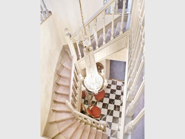Un duplex se transforme en œuvre d'art contemporaine - Changement de style pour un luxueux duplex baroque