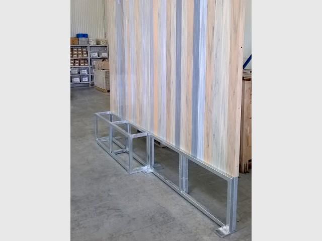 Une structure métallique pour surélever la clôture