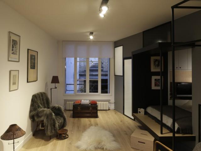 Une décoration japonisante pour un studio chaleureux - Jeux de niveaux pour un studio parisien