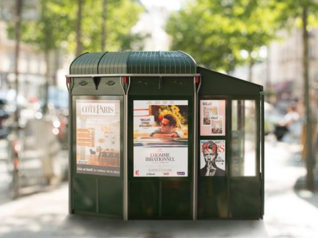 Nouveau kiosque à journaux parisien