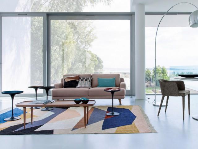 Un tapis façon Delaunay pour un salon années 70
