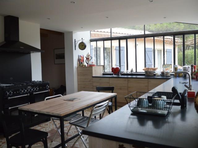 Une verrière à l'ancienne pour une cuisine revisitée  - Une verrière à l'ancienne tout en charme