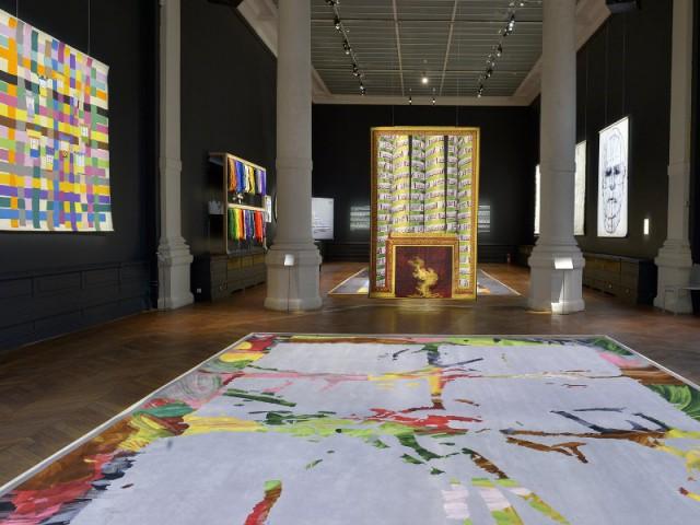 Tenter de gagner une après-midi d'initiation à la tapisserie - Vue de la scénographie de l'exposition Tombée de métier édition 2016