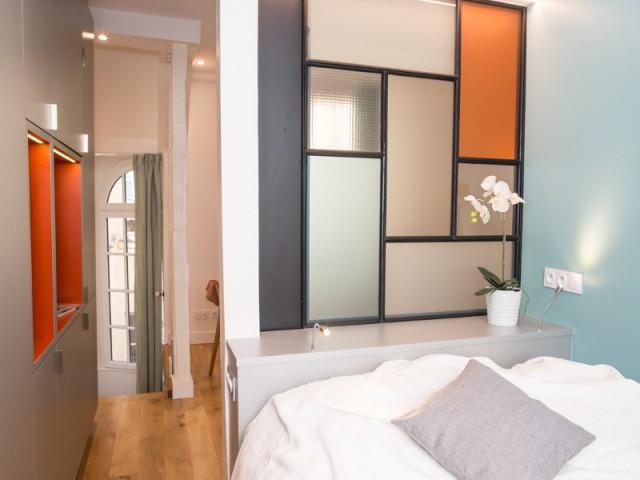 Une chambre aux teintes bleutées pleine de douceur