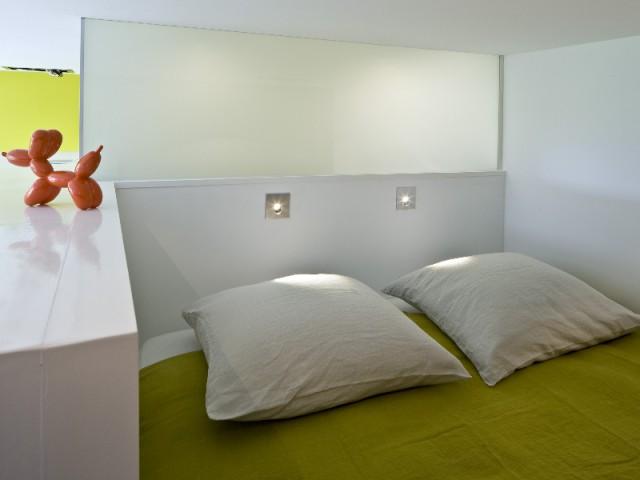 Une chambre comme un petit nid sous les toits  - Un appartement de bord mer lumineux et chaleureux