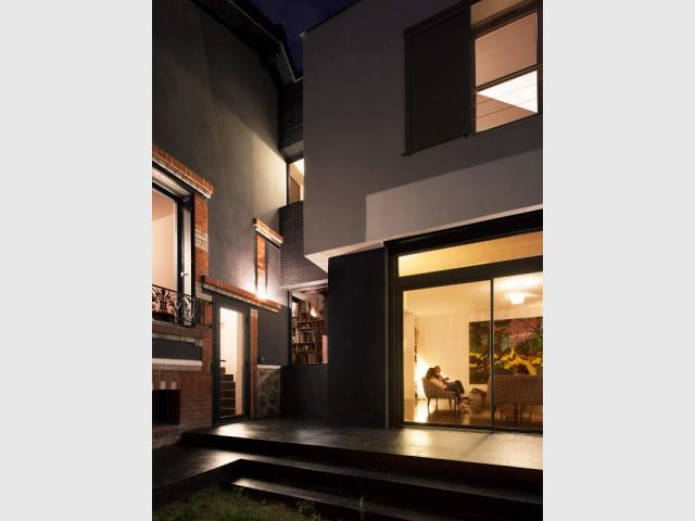 Une liaison subtile entre deux maisons