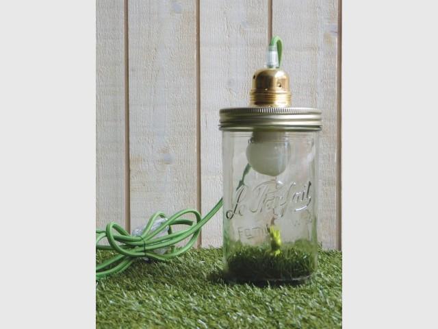 Dékobocal, lampe baladeuse éco-conçue réalisée à partir de bocaux Le Parfait