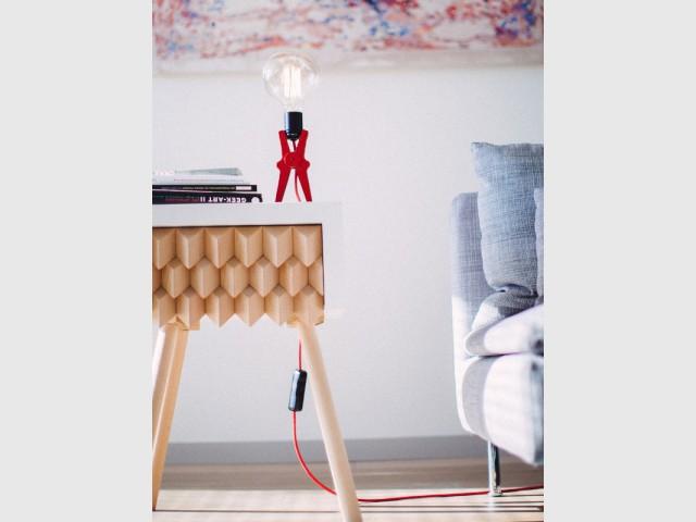Une lampe croco pour mon salon