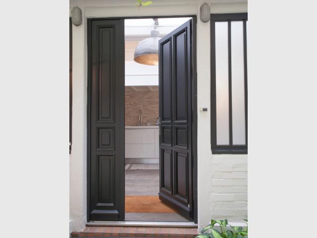 Une porte à la largeur idéale pour bien circuler
