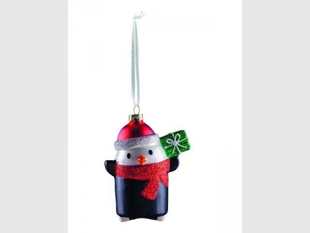 Une suspension pingouin pour un sapin de Noël