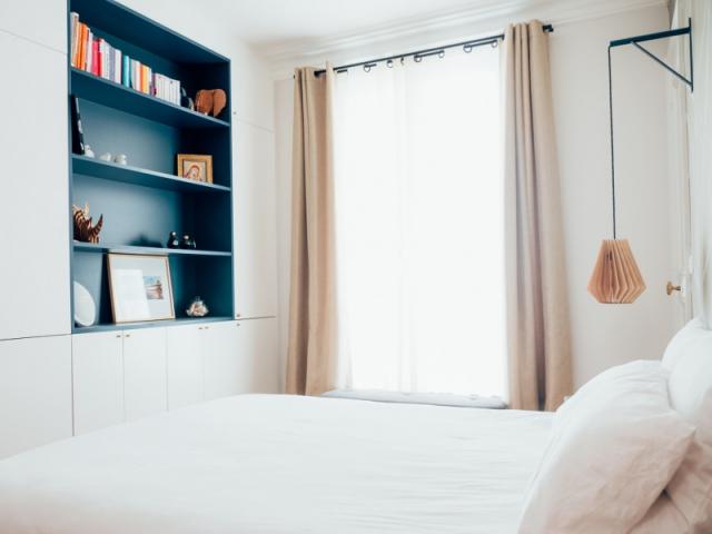 Une chambre parentale à l'image de l'appartement