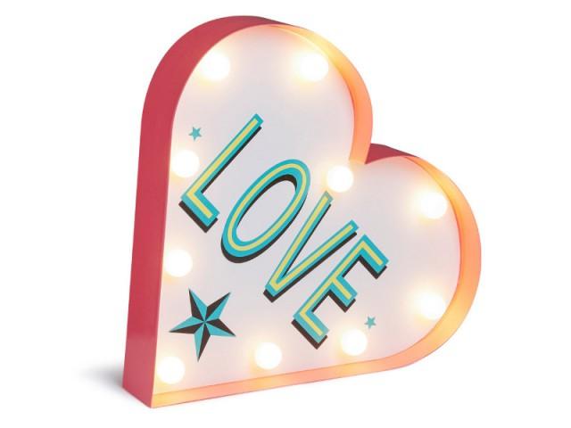 Une applique lumineuse en forme de coeur : 12 €