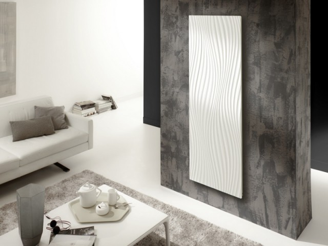 Un radiateur ondulé trône dans le salon