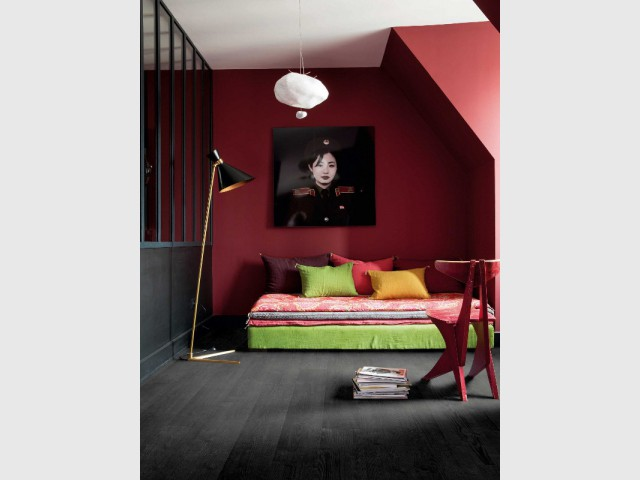 osez le parquet noir 10 photos pour vous convaincre. Black Bedroom Furniture Sets. Home Design Ideas