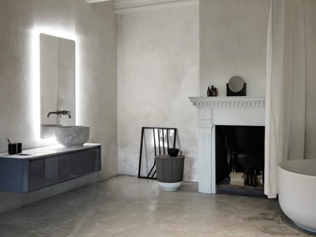 Une Salle De Bains Choisit Une Vasque En Marbre Pour Se Différencier