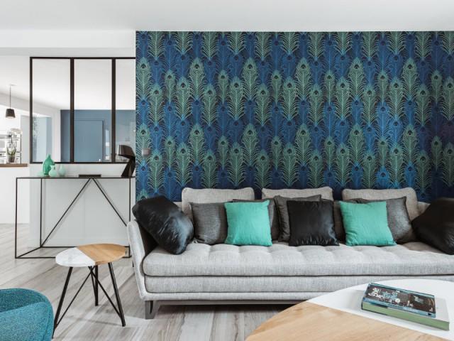 avant apr s entre clats bleut s et touches de velours. Black Bedroom Furniture Sets. Home Design Ideas