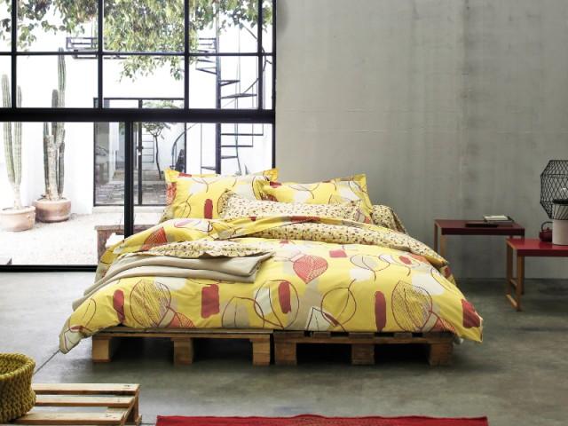 Un lit posé sur des palettes - Et si vous optiez pour un lit pas comme les autres