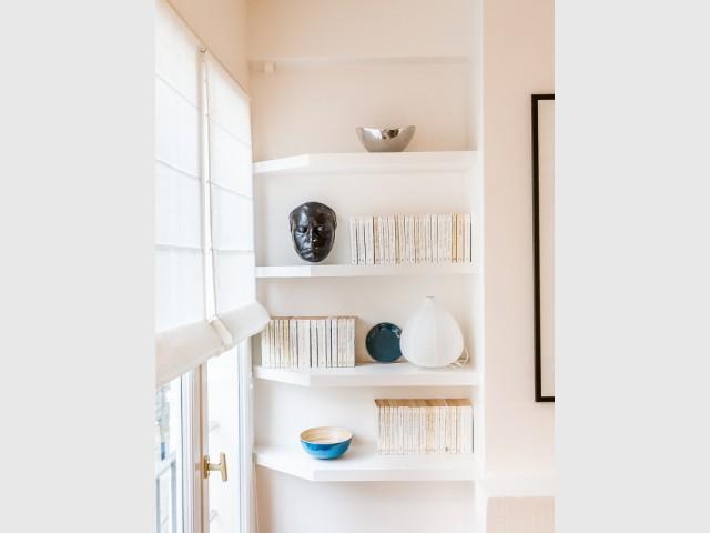 Une bibliothèque cachée dans les murs