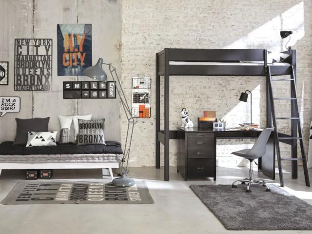 Une chambre total look industriel