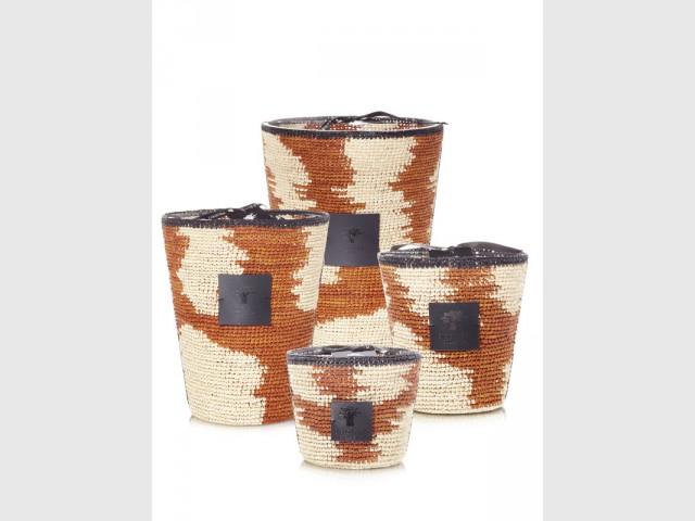"Les bougies ""Mena Hazo"" - Une collection unique de bougies malgaches"