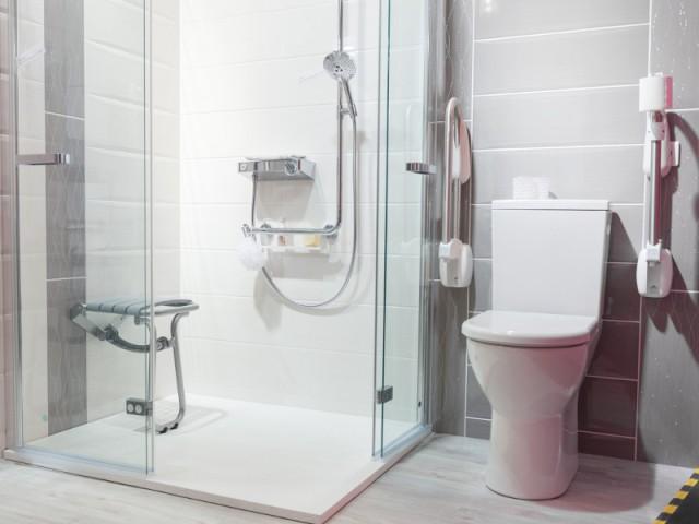 Une douche à ouverture totale