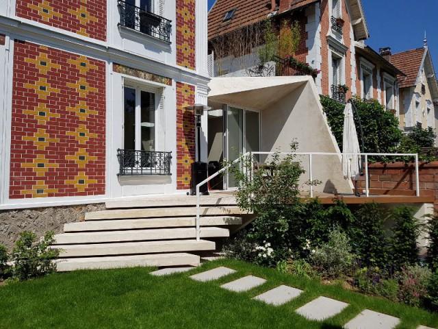 Une extension contemporaine pour une maison des années 1930 - Une extension comme un origami