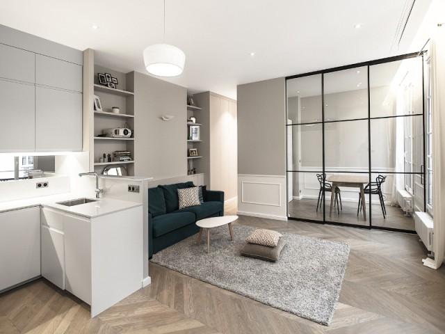 modernis et repens un haussmannien de 65 m2 gagne une pi ce en plus. Black Bedroom Furniture Sets. Home Design Ideas