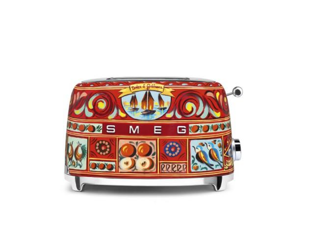 Un grille-pain SMEG sublimé par Dolce et Gabbana