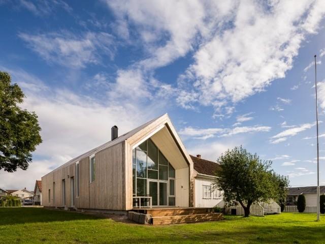 Toit et façade en bardage bois - Ferme en Norvège