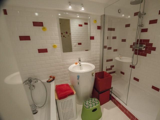 Une salle de bains pour les enfants