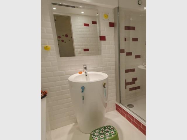 Une vasque sur pied pour la salle de bains