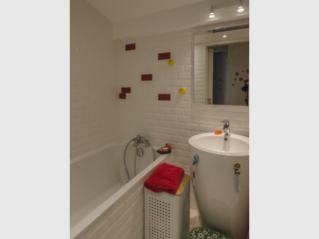 Des carreaux de métro pour la salle de bains