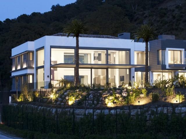 3.800 m2 d'espaces intérieurs et extérieurs