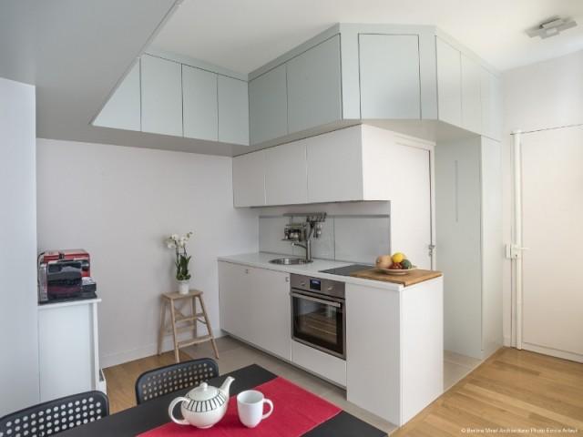 Une cuisine qui se fond dans le décor