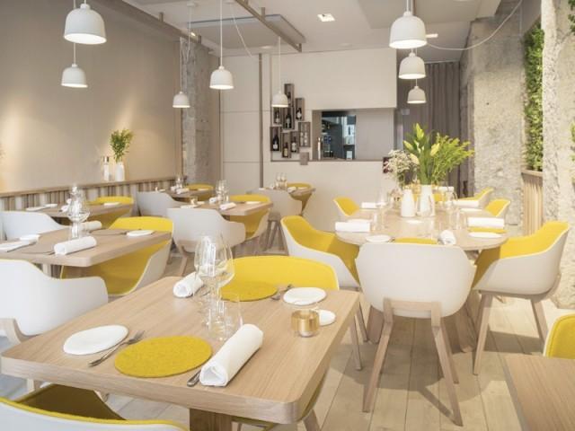 Des luminaires mobiles - Restaurant Le Prairial, à Lyon