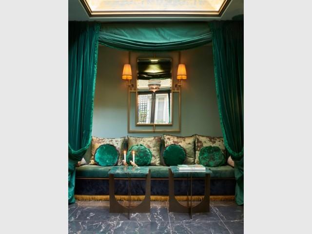 La salle du petit-déjeuner de l'hôtel Maison Nabis Paris