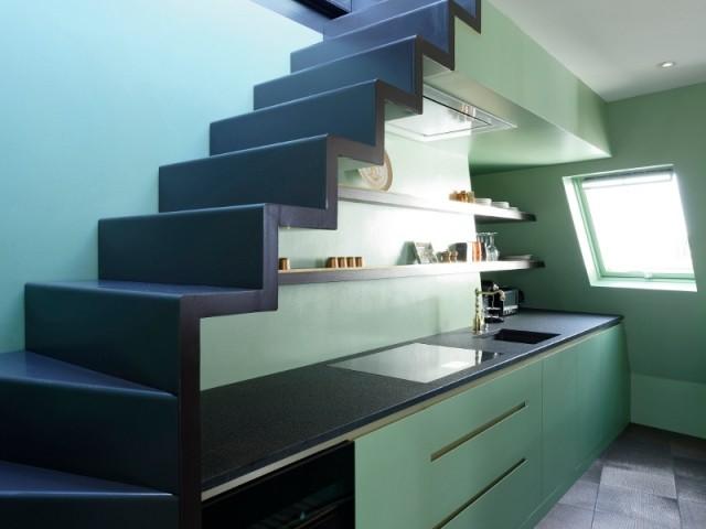 Une cuisine vert amande style Art déco