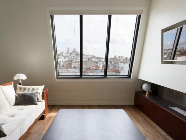 Vue sur Paris à partir du canapé du salon