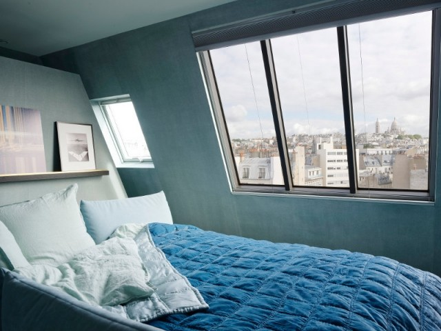 Vue sur Paris à partir de son lit...