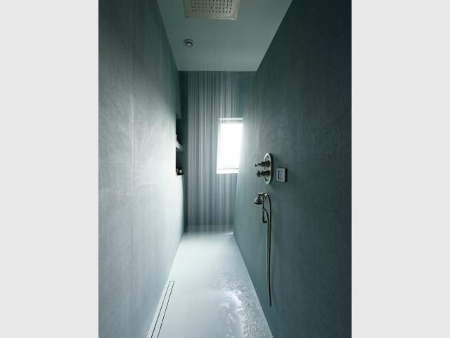 Une douche à l'italienne façon walk-in