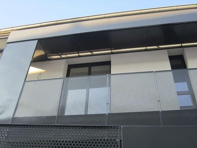 Un balcon transformé en loggia - Maison réhabilitée à Lyon